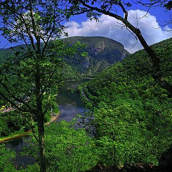 Delaware Water Gap by Raymond Salani III