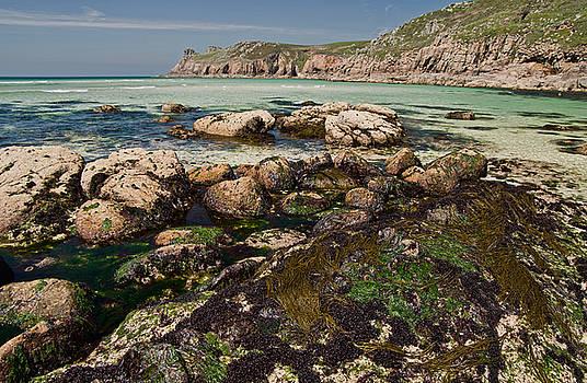 Nanjizal beach in Cornwall by Pete Hemington