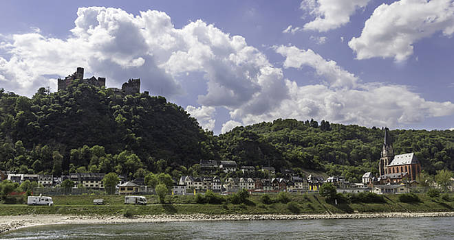 Teresa Mucha - Schoenburg Castle and Liebfrauenkirche