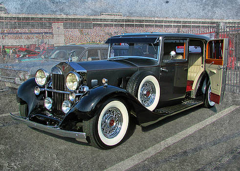 '33 Rolls Royce by Victor Montgomery