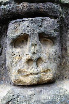 Bizarre Stone Heads - Rock Sculptures by Michal Boubin