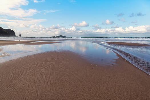 Sandwood Bay by Derek Beattie