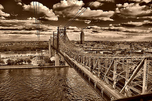 Val Black Russian Tourchin - 59 Street Bridge Sepia 1