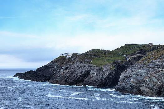 Mizen Head - Ireland by Joana Kruse
