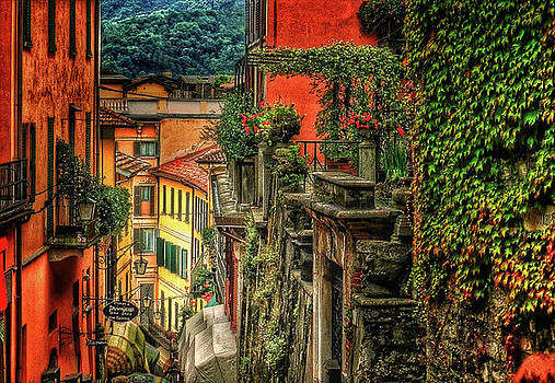 A Glimpse Of Bellagio by Connie Handscomb