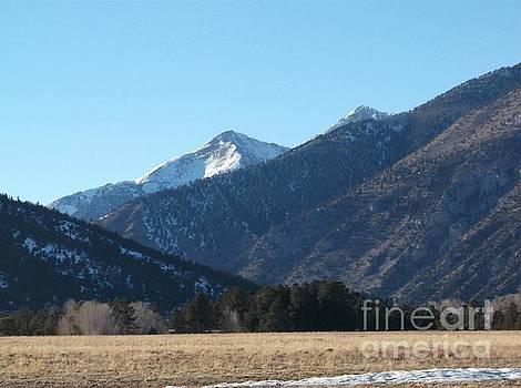 A Peek of the Peak by Kelly Awad