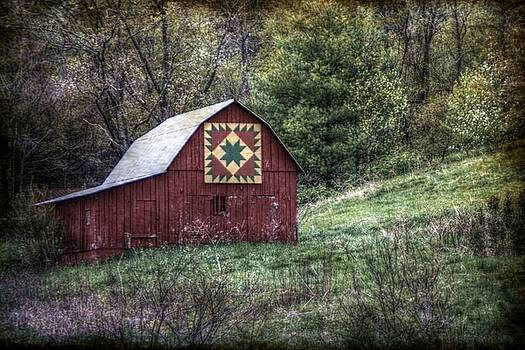A Quilt Barn by Christine Annas
