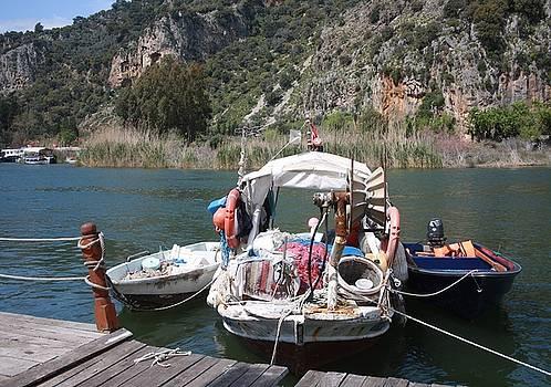 Tracey Harrington-Simpson - A Turkish Fishing Boat on the Dalyan River