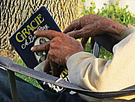 A Veteran Reads a Love Story by John King
