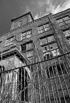 Abandoned by Antonio Gruttadauria