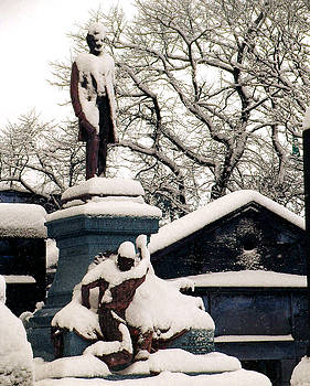 Abraham Lincoln Memorial Scotland Winter by Heather Lennox