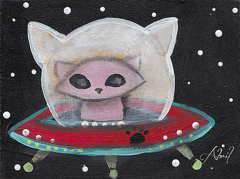 Alien Saucer Cat by Abril Andrade Griffith