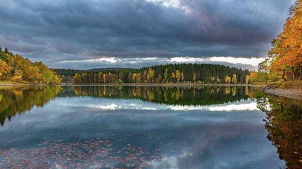 An Autumn Evening At The Lake by Andreas Levi