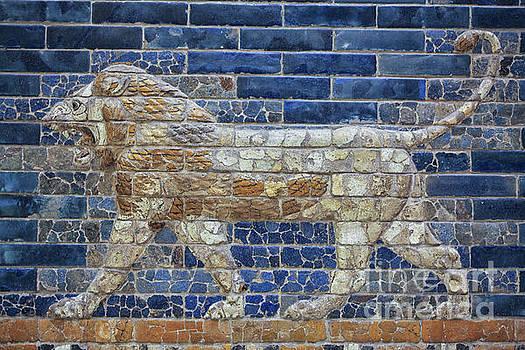 Patricia Hofmeester - Ancient Babylon lion
