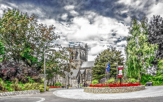 Another View of Paisley Abbey by Tylie Duff