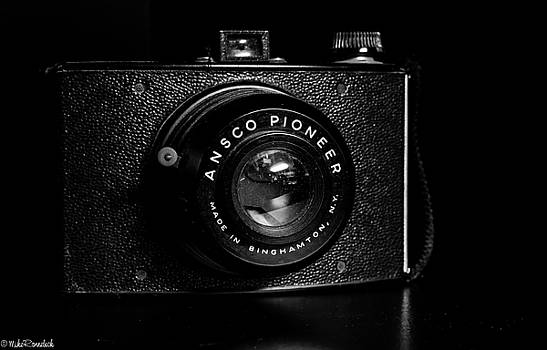 Ansco Pioneer Camera by Mike Ronnebeck