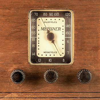 Antique Radio by Jim Hughes