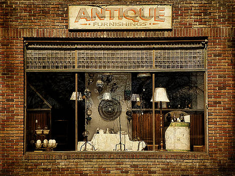 Pamela Phelps - Antique Furnishings