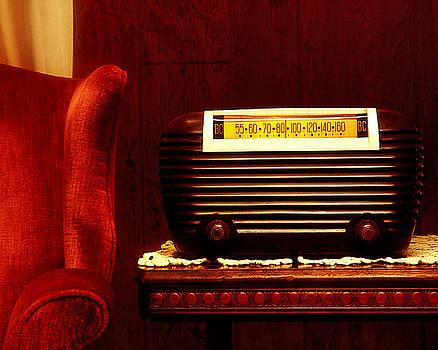 Kelley King - Antique Radio