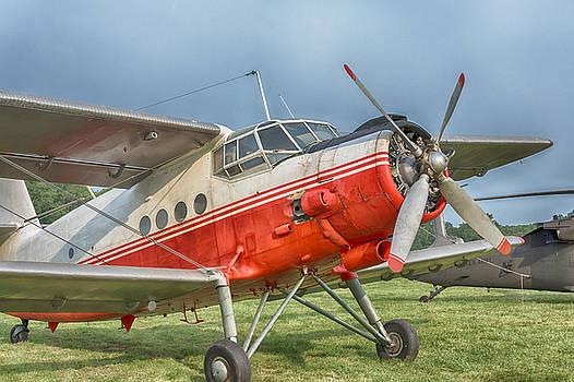 Antonov AN-2 by Guy Whiteley