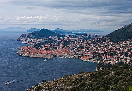 samdobrow  photography - Approaching Dubrovnik
