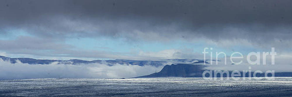 apron in southern Iceland 1 by Rudi Prott