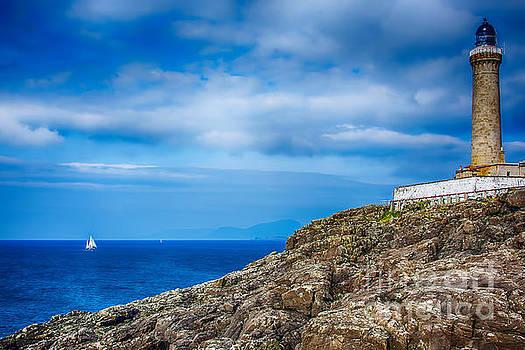 Ardnamurchan Lighthouse 2 by Chris Thaxter