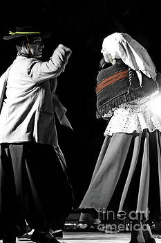 Argentinian Dancers In Andalucia, Colombia by Al Bourassa