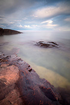 Artist Point, Lake Superior by Derek Thornton