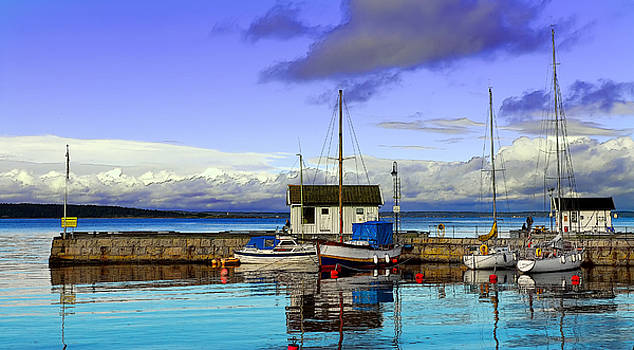 Asgardstrand - Norway by Paolo Bruno