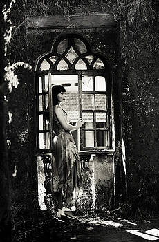 Jenny Rainbow - At the Gothic Window. Old Margao. Goa. India