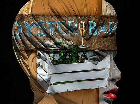 At the OYSTER BAR by Gabi Hampe