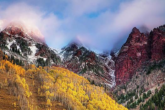 Autumn at Maroon Lake by Andrew Soundarajan