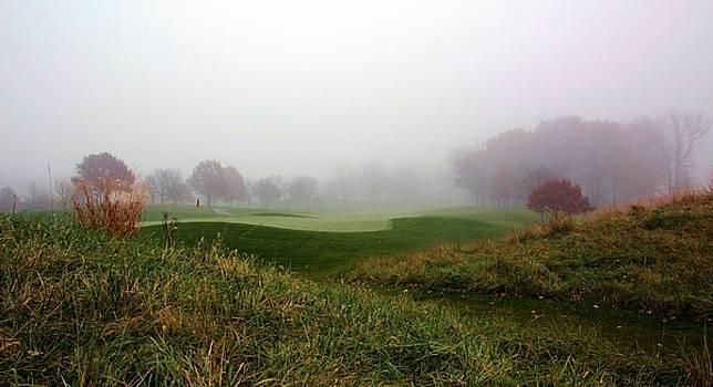 Rosanne Jordan - Autumn Golf Day