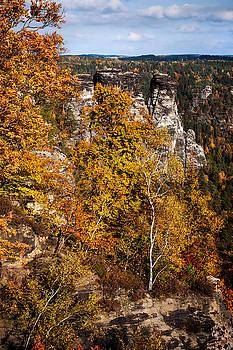 Jenny Rainbow - Autumn in Saxon Switzerland