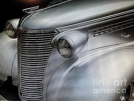 Awesome Silver Grill by Tom Riggs