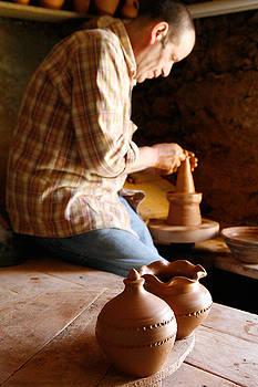 Gaspar Avila - Azorean potter