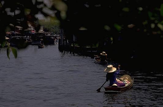 Bangkok Floating Market by Travel Pics