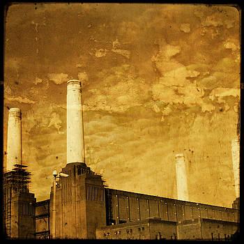 Battersea Power Station by Sonia Stewart