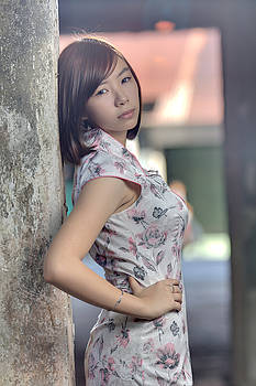 Beautiful Chinese girl by Ronnie  Chan
