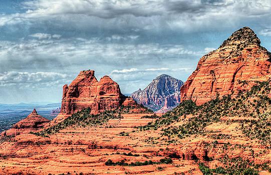 Beautiful Sedona AZ by Tom Prendergast