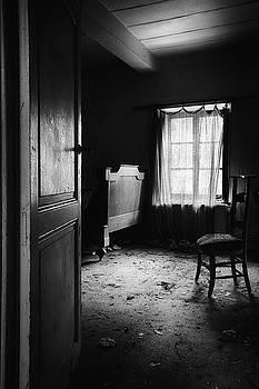 Bed Room Chair - Abandoned Building by Dirk Ercken