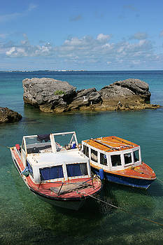 Bermuda boats by Lori Goodwin