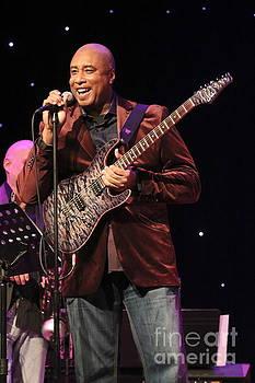 Bernie Williams by Concert Photos