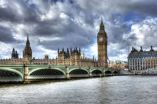 Big Ben and Thames by Shawn Everhart