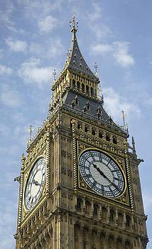 Big Ben by Elvira Butler