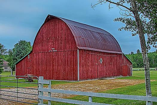 Big Red Barn at Cross Village by Bill Gallagher
