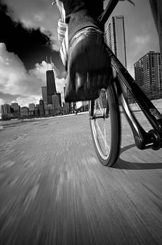 Steve Gadomski - Biking Chicagos Lakefront B W