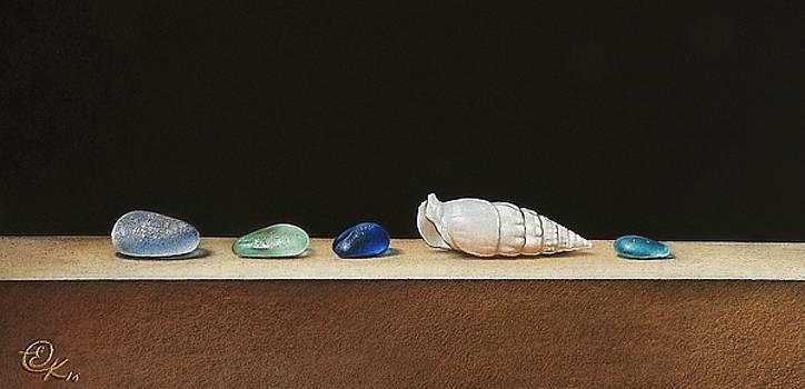 Bits and pieces by Elena Kolotusha