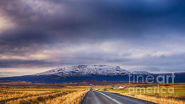 Bjarnafell Iceland by Chris Thaxter
